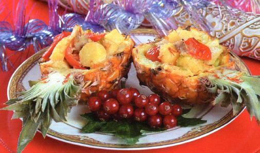 Запеченная курица в ананасе рецепт новогодний с фото