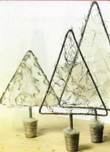 Как украсить офис на Новый год - элегантные елки фото