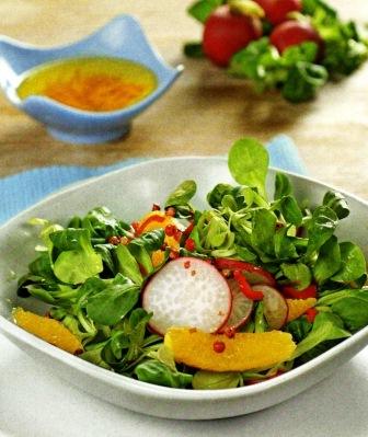 Салат из редиса и апельсина постное блюдо фото