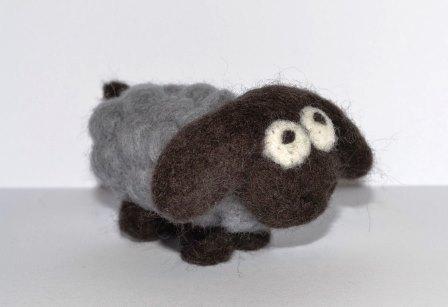 валяние овечка из шерсти мастер класс