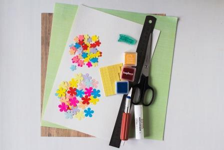 Для создания открытки к Дню учителя вам понадобится